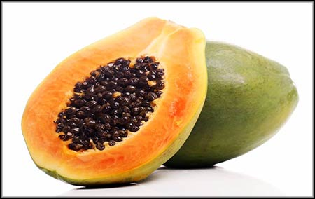 No one argues about the health benefits of fruit, but what makes paw paw special? These are just some of the major vitamins and minerals found in large quantities in paw paw: dietary fiber, folate, vitamin A, C and E. It also contains small amount of calcium, iron, riboflavin, thiamine and niacine.